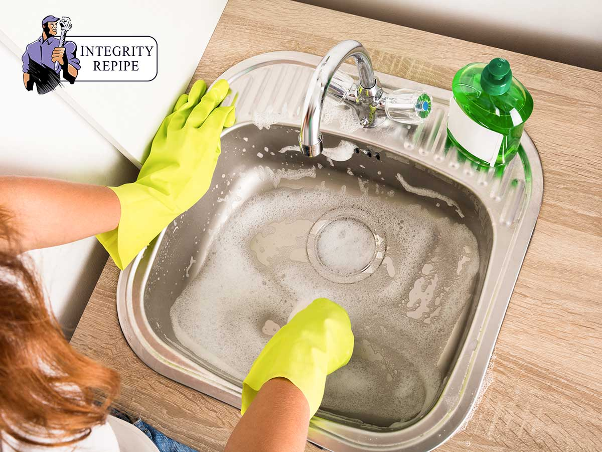 California Repiping Plumbers Give Reasons To Avoid Drain Cleaners For Your Clogged Drains